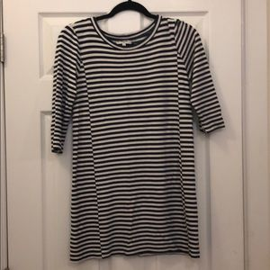 Classic navy and white striped Madewell dress